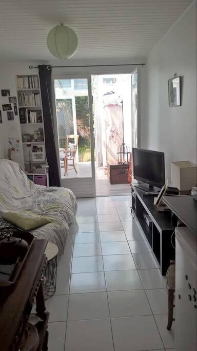 Studio avec jardin bordeaux appartements louer for Studio louer bordeaux