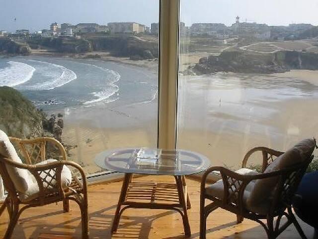primera linea playa Asturias - Tapia de Casariego - House