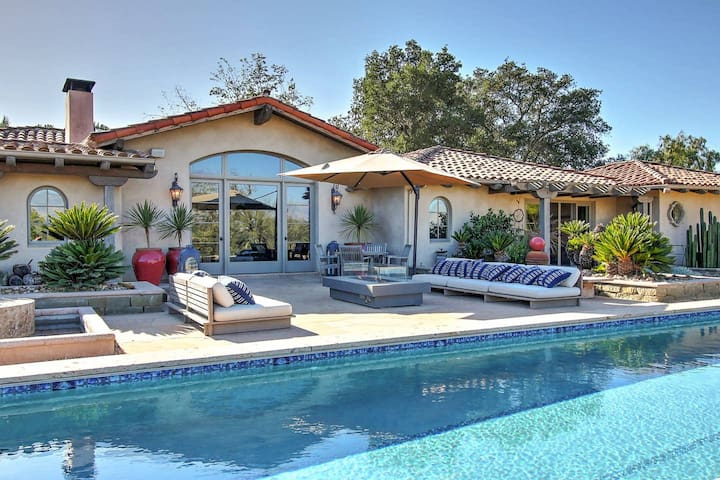 Wine Country Retreat, 4 BR, Clubhouse, Pool, Spa