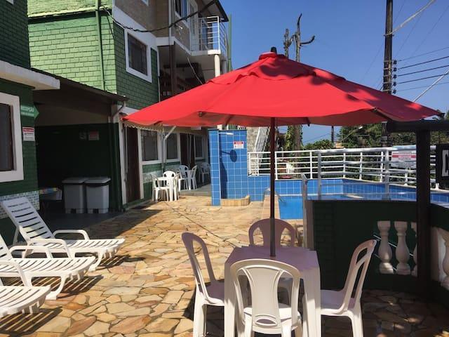 Apto com cozinha 80 m da praia Chalés Virena