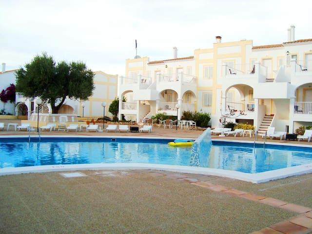Hermoso departamento con piscina cerca de la playa