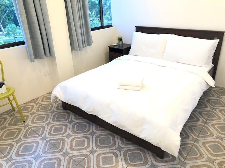 NekNek Hostel Room 2
