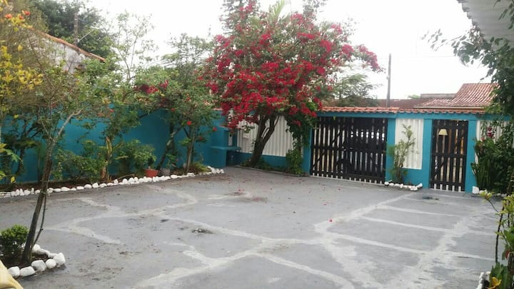 Casa próximo da praia em Itanhaém