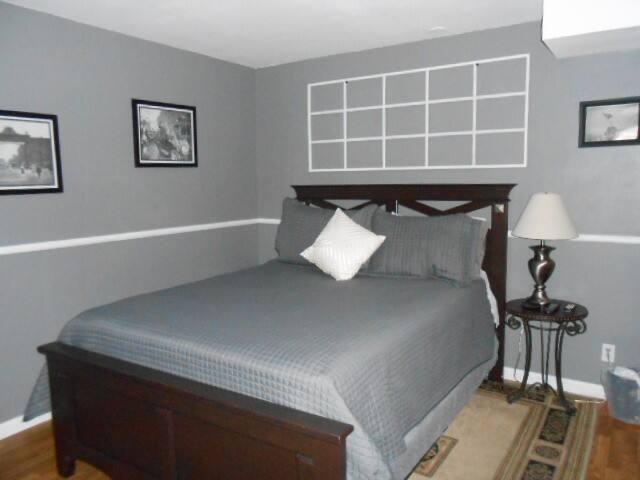 Home Sweet Home-Bedroom #2 w/shared bath