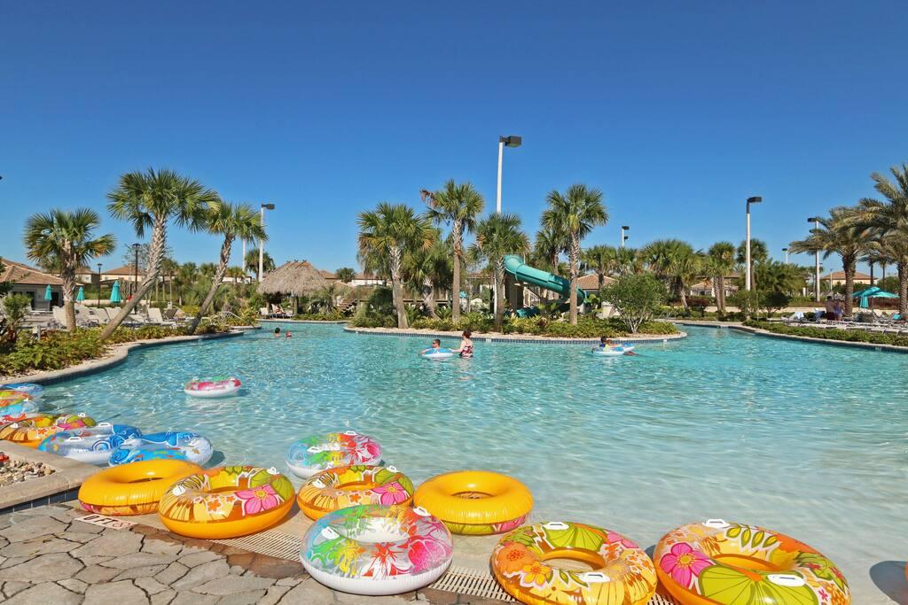 Resort Pool & Lazy River!