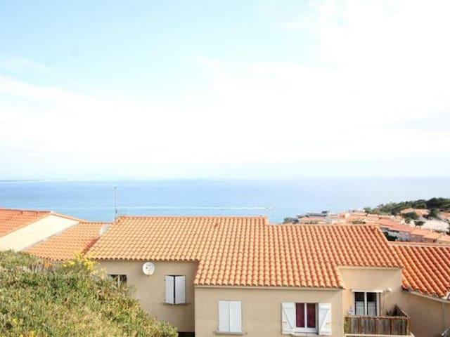 Appartement T2, vue mer, terrasse et WIFI