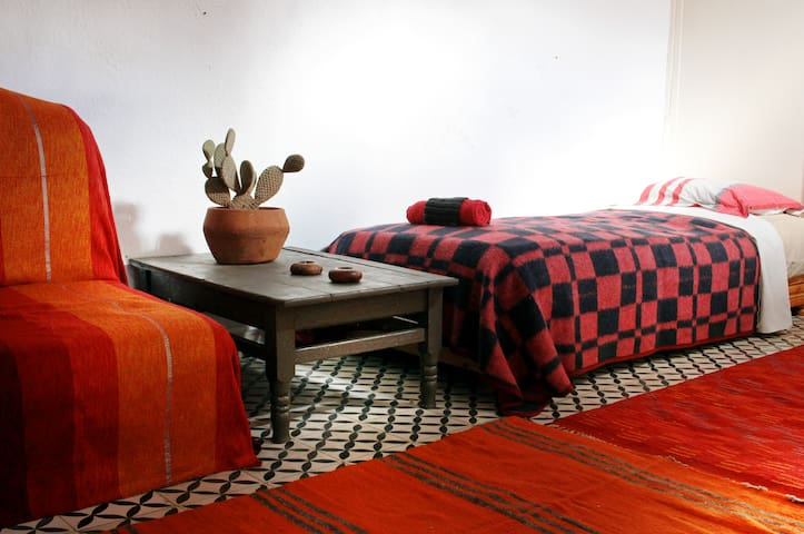 Root #2 - Essaouira - Maison
