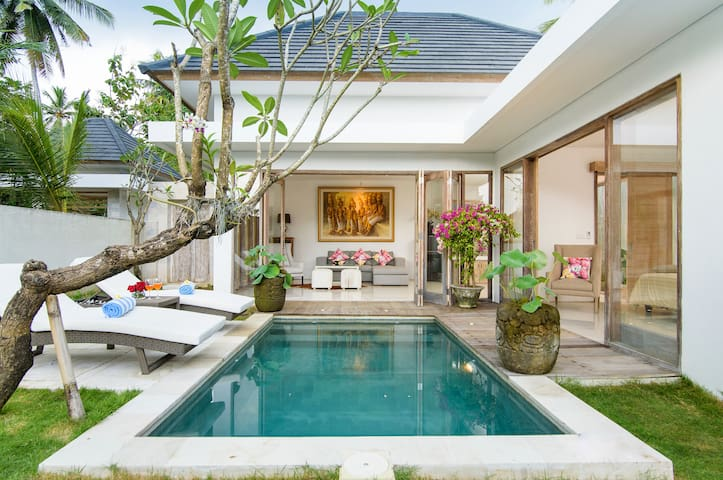 West Bali Luxury Villa - Pekutatan