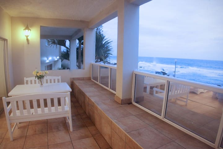 Umdloti beach front apartment - memorable holidays - Umdloti - อพาร์ทเมนท์