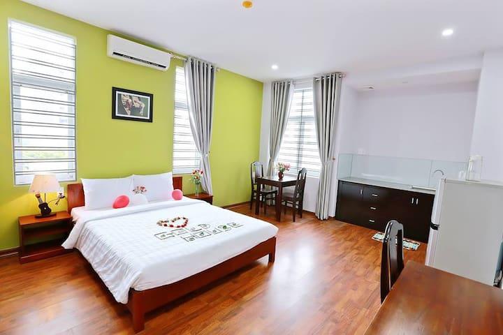 Goldhouse Apartment-near Han Bridge-best location