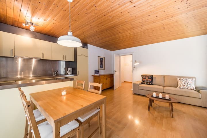 Great one bedroom apartment right at the base station of Laax (Signina 8-5) - Laax - Apartmen