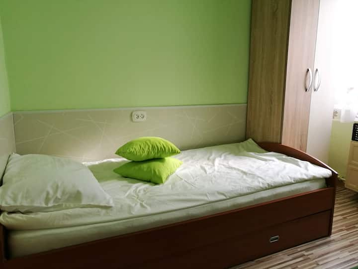 Mamas Wohnung grün
