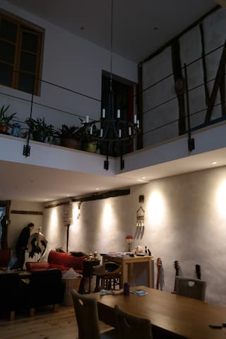 Chambre spacieuse dans maison de caractère