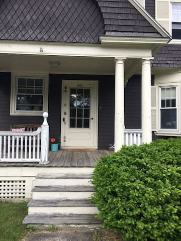 Charming Apt Minutes from Downtown Portsmouth