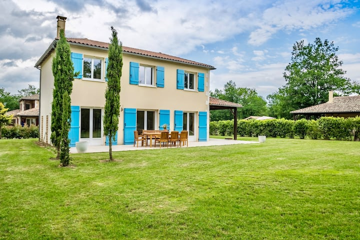 Villa Lavande, Majestic house near the golfcourse