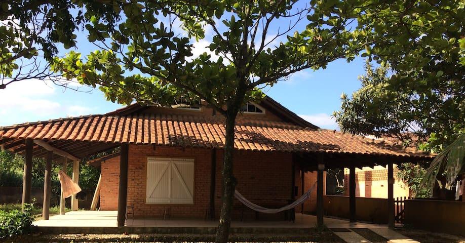 Tranquilidade  na PRAIA - Bombinhas - Casa