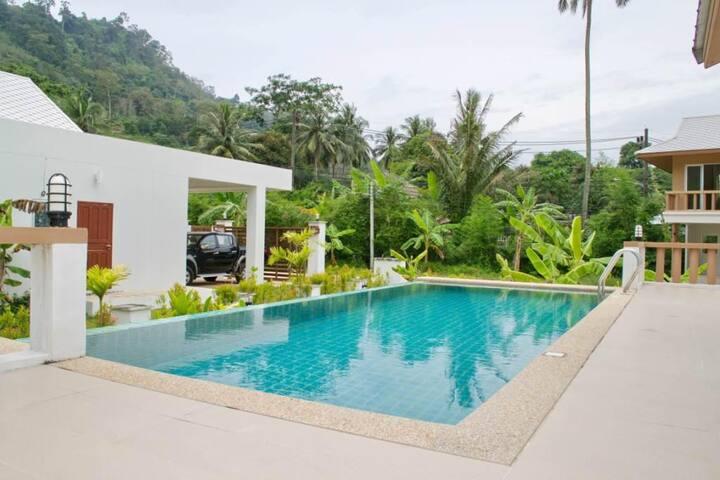 Casa Sakoo 3 Bedroom Villa with swimming pool - Phuket - Huis