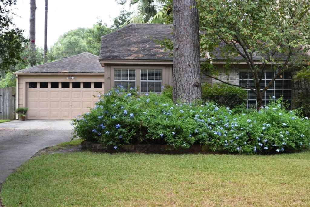 Beautifully Upgraded Three Bedroom Home With Pool Huizen Te Huur In Houston Texas Verenigde