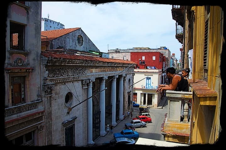 Amaaazing location in the heart of Old Havana!!