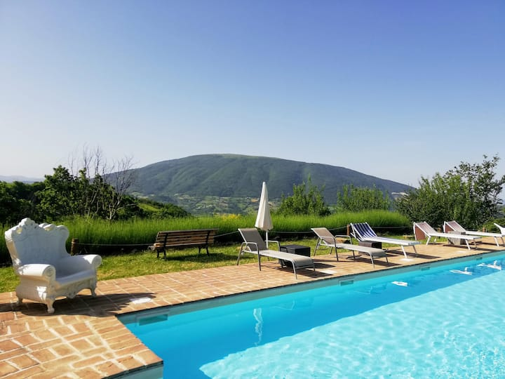 Country House w. panoramic pool, perfect to relax