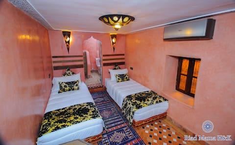 Superbe chambre dans un Riad