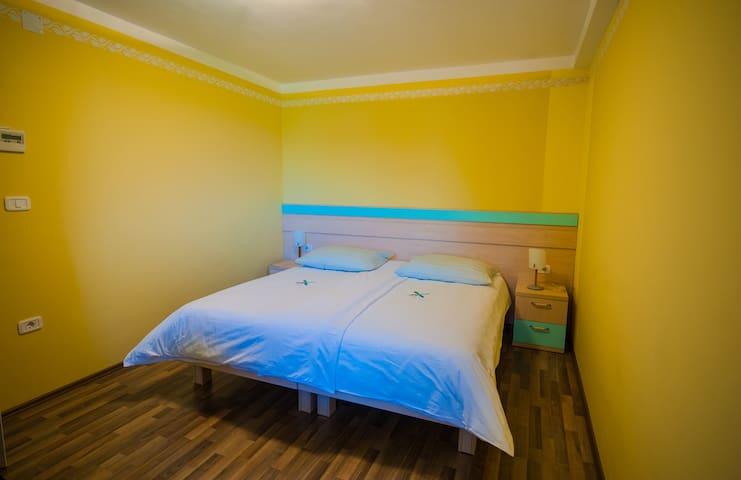 Room Majnica