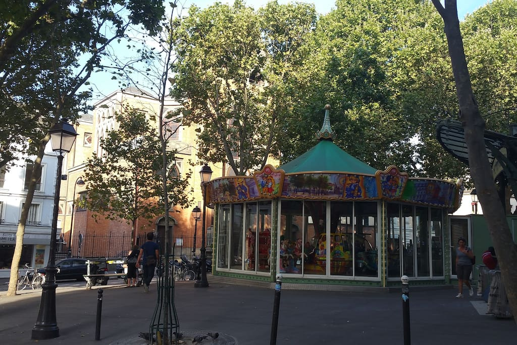 Four minutes walk from Place des Abbesses