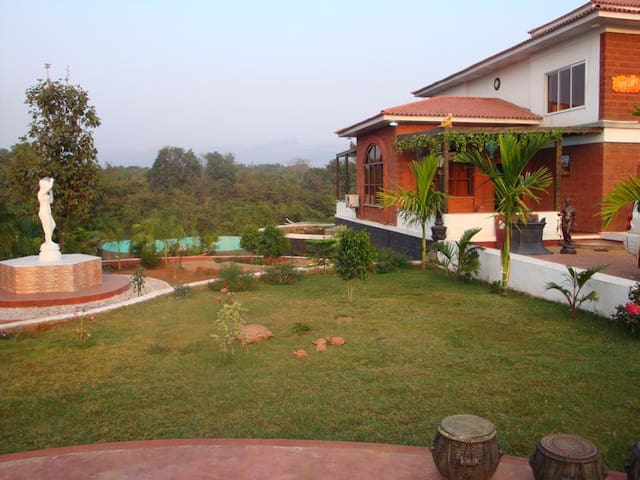 RutuDarshan_the pool villa