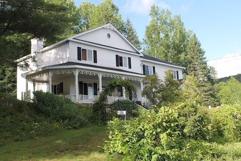 Green Lake White house