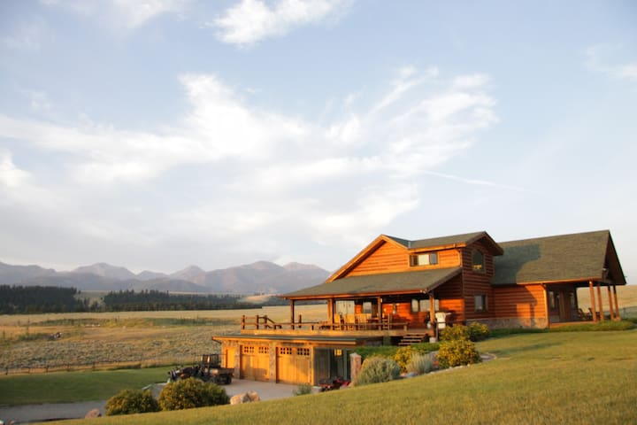 Stunning Private Montana Ranch Available For Rent