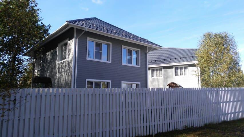Ontario village дом Аава - Rumah