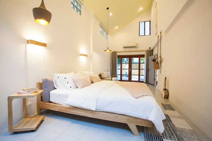 Ratchada Retreat/MRT/Night market/Boutique Stay