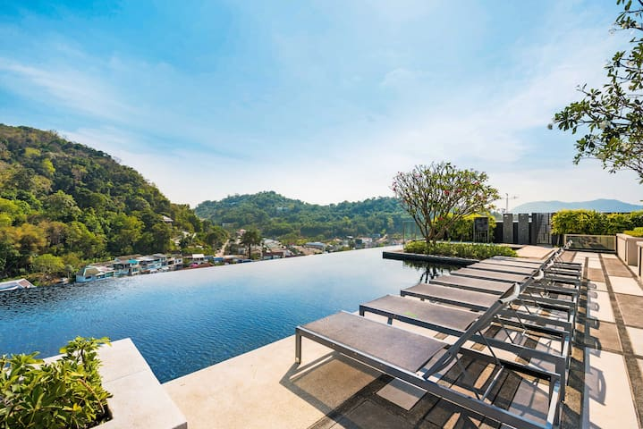Sky Pool Rooftop/Cozy Living of 1BR, Phuket City
