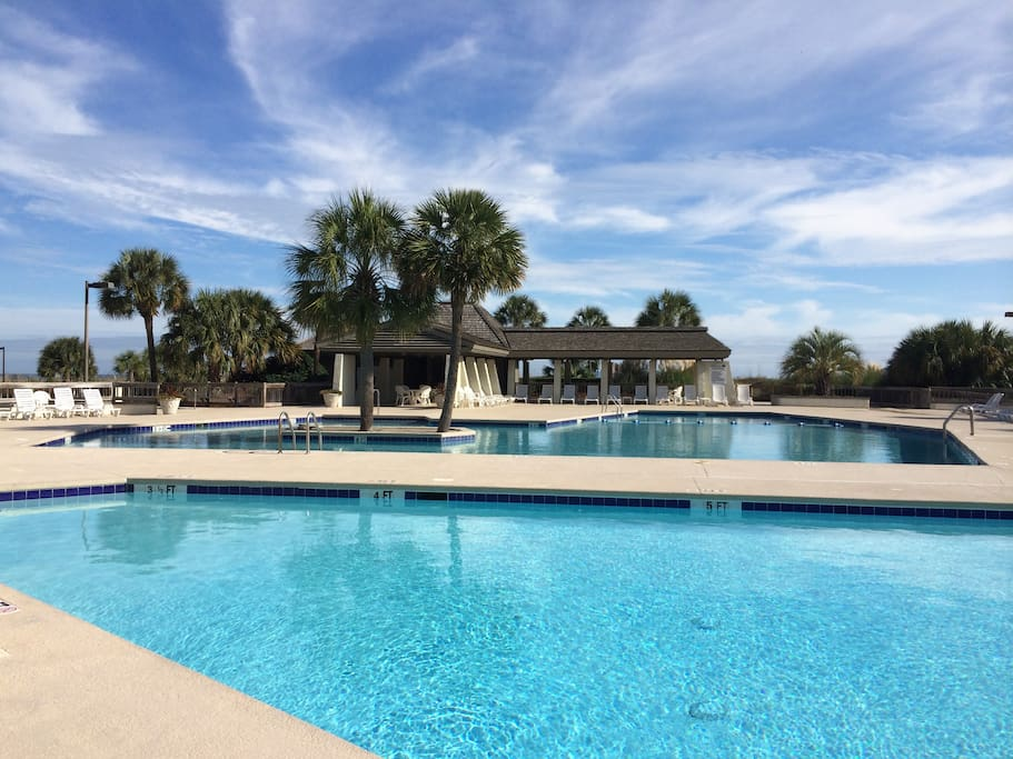 Luxury 1600 Sf Oceanfront Condo Apartments For Rent In Pawleys Island Sout