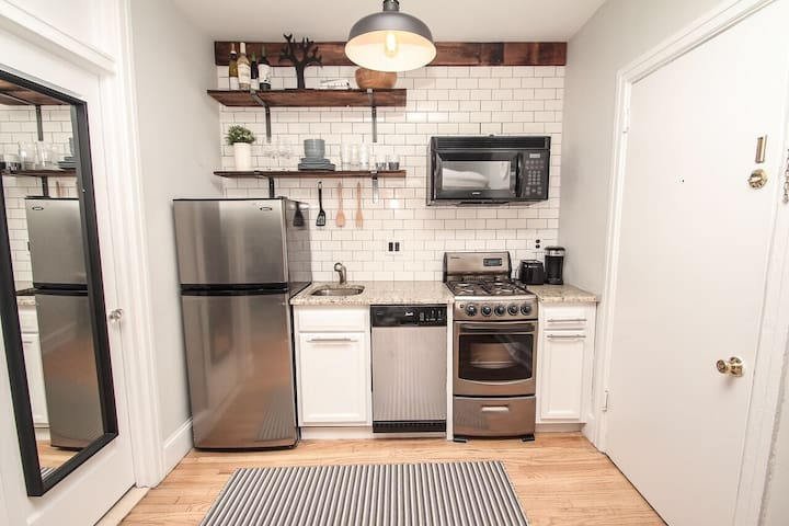 "Fully equipped kitchen.  ""Folke & Johnny's apartment was just what we needed for two nights in Philadelphia. The apartment is comfortable and clean and feels like a home away from home."""
