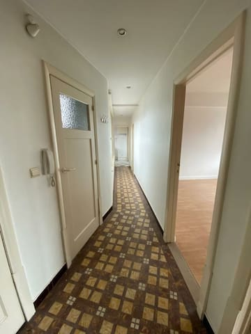 appartement 15 mins walk from central station.
