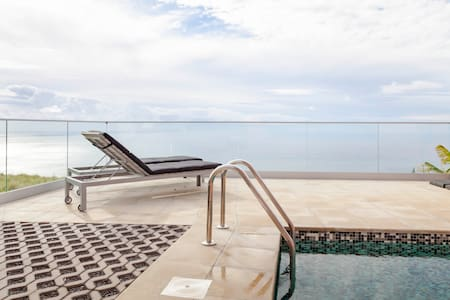 Villa Tranquility  Heated Pool  Jacuzzi  Sea View