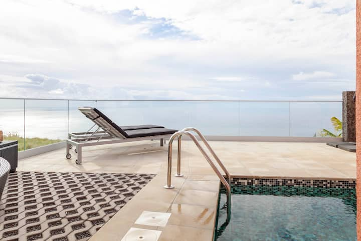 Villa Tranquility |Heated Pool |Jacuzzi |Sea View