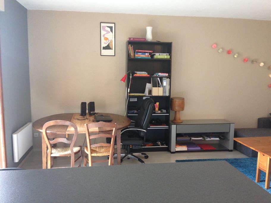 vu du salon depuis la cuisine