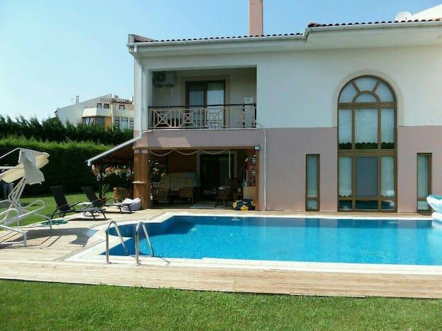 Paradise Villa Silivri