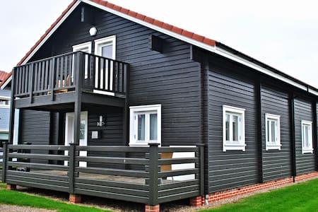 Luxury Scandinavian Lodge Norfolk - Fritton
