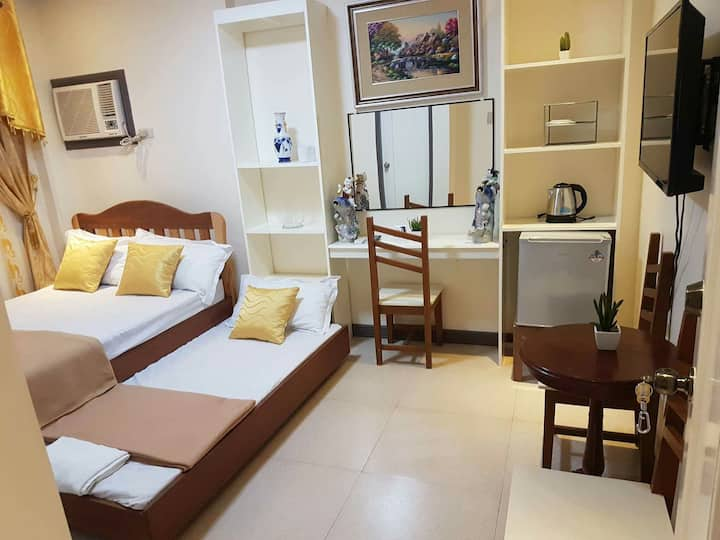 Neil Frank Hotel - 3rd Flr Room 2 (Mauban, Quezon)