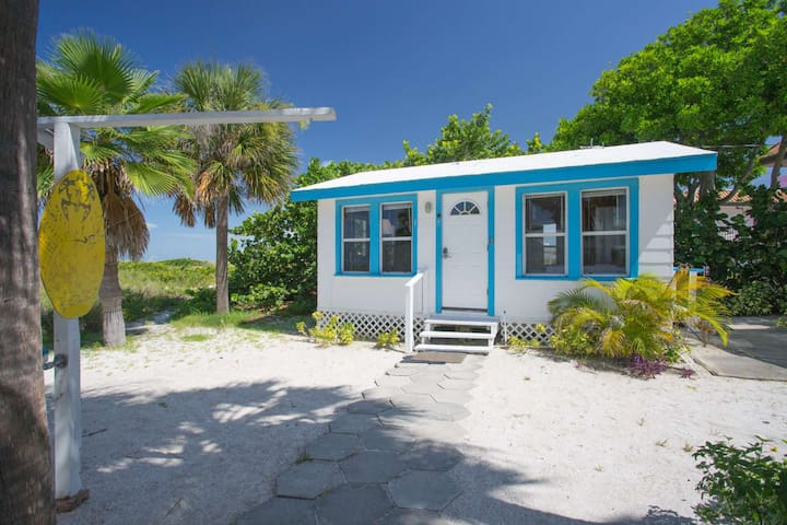 Beachfront Cottage - Actually ON the Beach!  A Break From The Usual Condo Or Hotel.