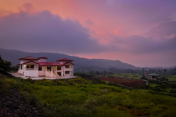 Colonial villa Lonavala 3 bhk outstanding views