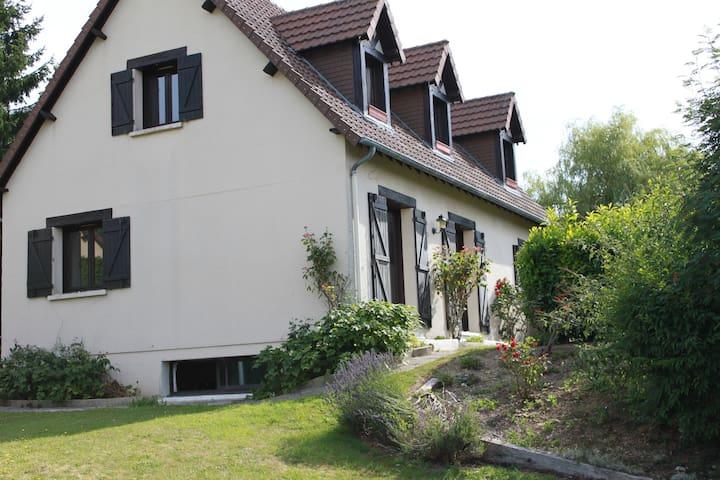 STUDIO POUR  3 PERSONNES ENTRE MER ET CAMPAGNE - Touques - Apartament