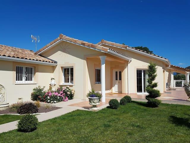 Chambre proche ville et campagne. - Saint-Marcel-lès-Valence - Ev