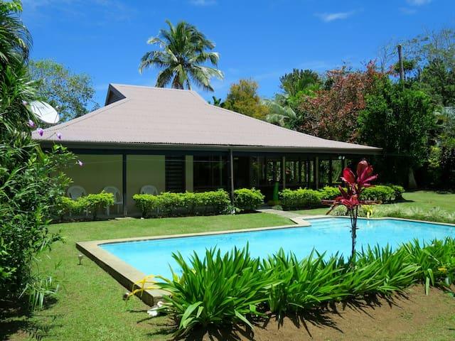 Villa Sophia - Pacific Harbour - Villa