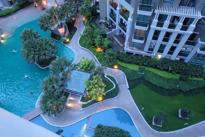 Five-star2big BRs/pool view/MRT/NightMarket/Resort