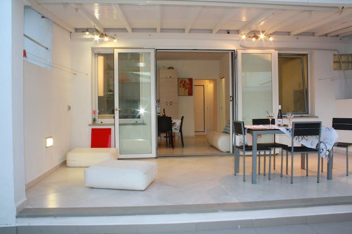 Casa indipende con cortile - Tortolì - Wohnung