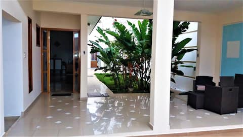 Casa Espelhada * a 4 min. shopping Iguatemi *